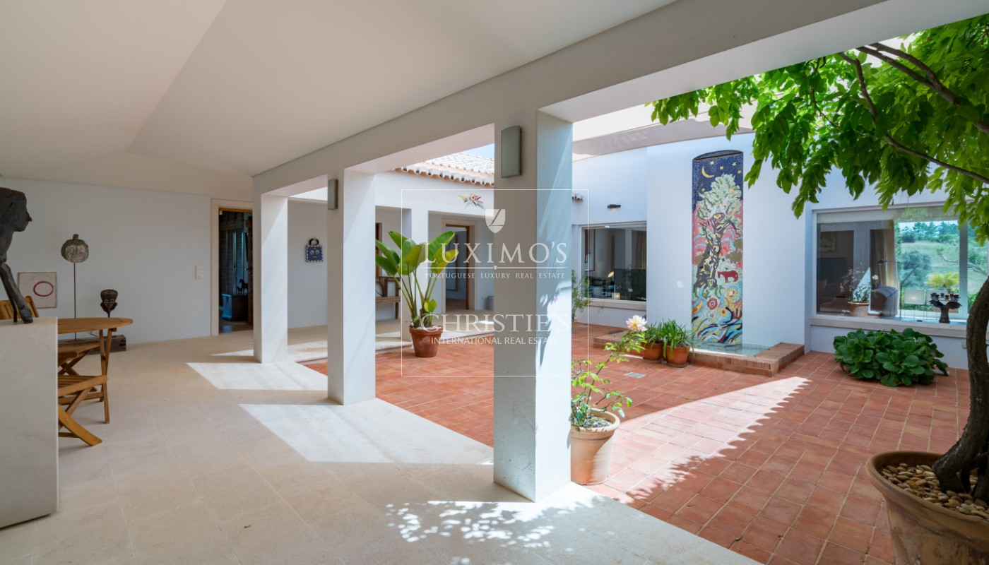 Sale of luxury property with swimming pool in Lagoa, Algarve, Portugal_103646