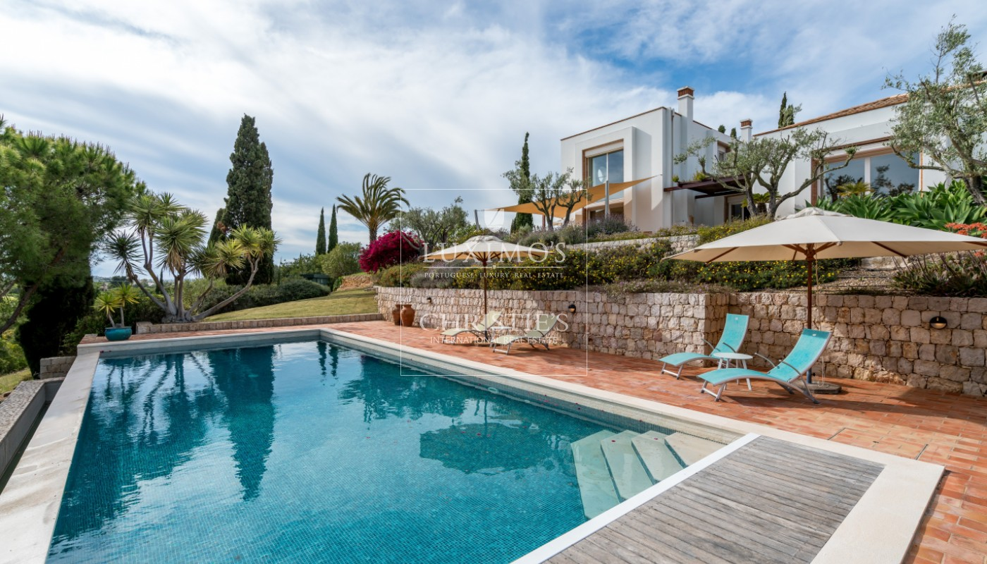 Sale of luxury property with swimming pool in Lagoa, Algarve, Portugal_103692