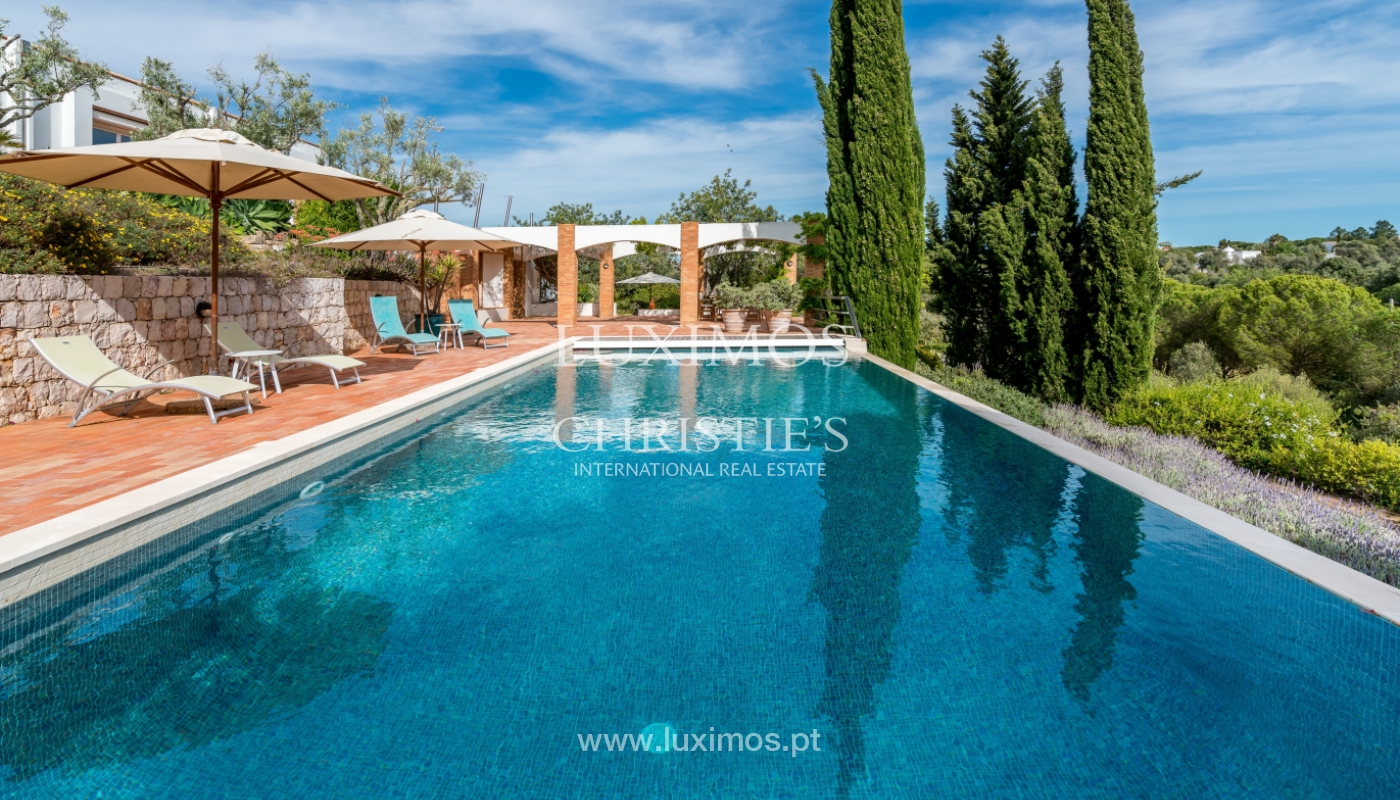 Sale of luxury property with swimming pool in Lagoa, Algarve, Portugal_103693