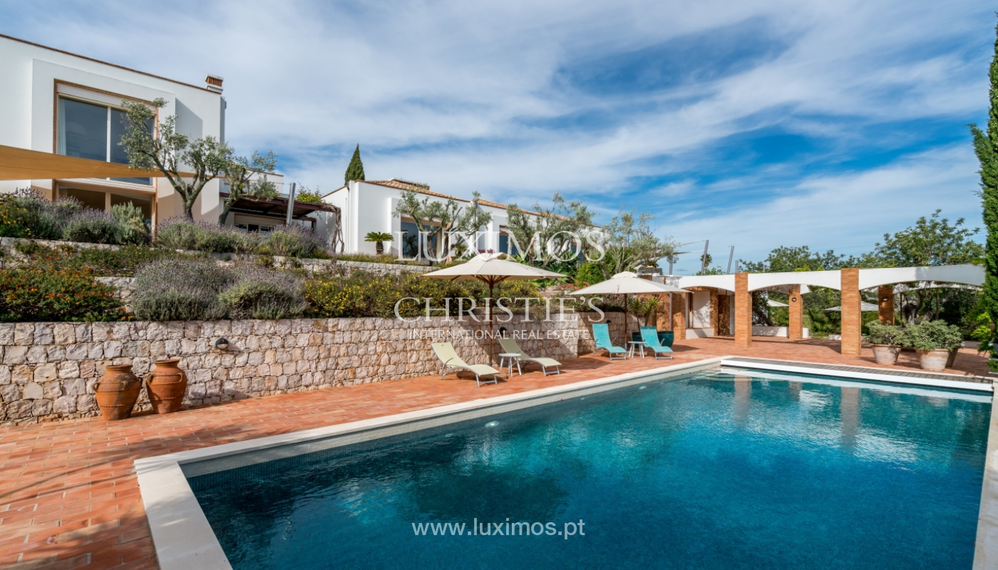 Sale of luxury property with swimming pool in Lagoa, Algarve, Portugal_103695