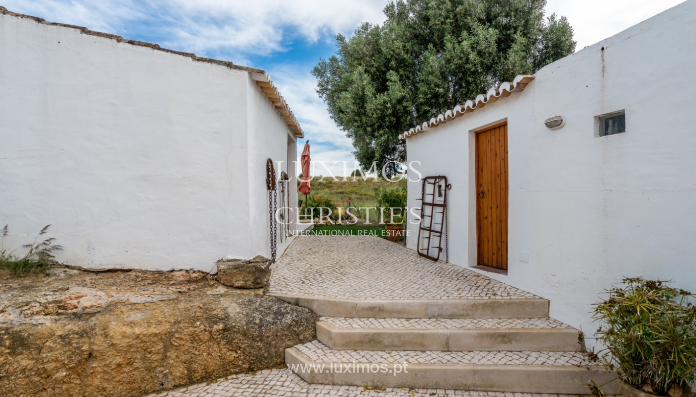 Sale of luxury property with swimming pool in Lagoa, Algarve, Portugal_103711