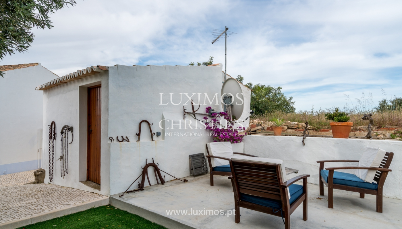 Sale of luxury property with swimming pool in Lagoa, Algarve, Portugal_103714