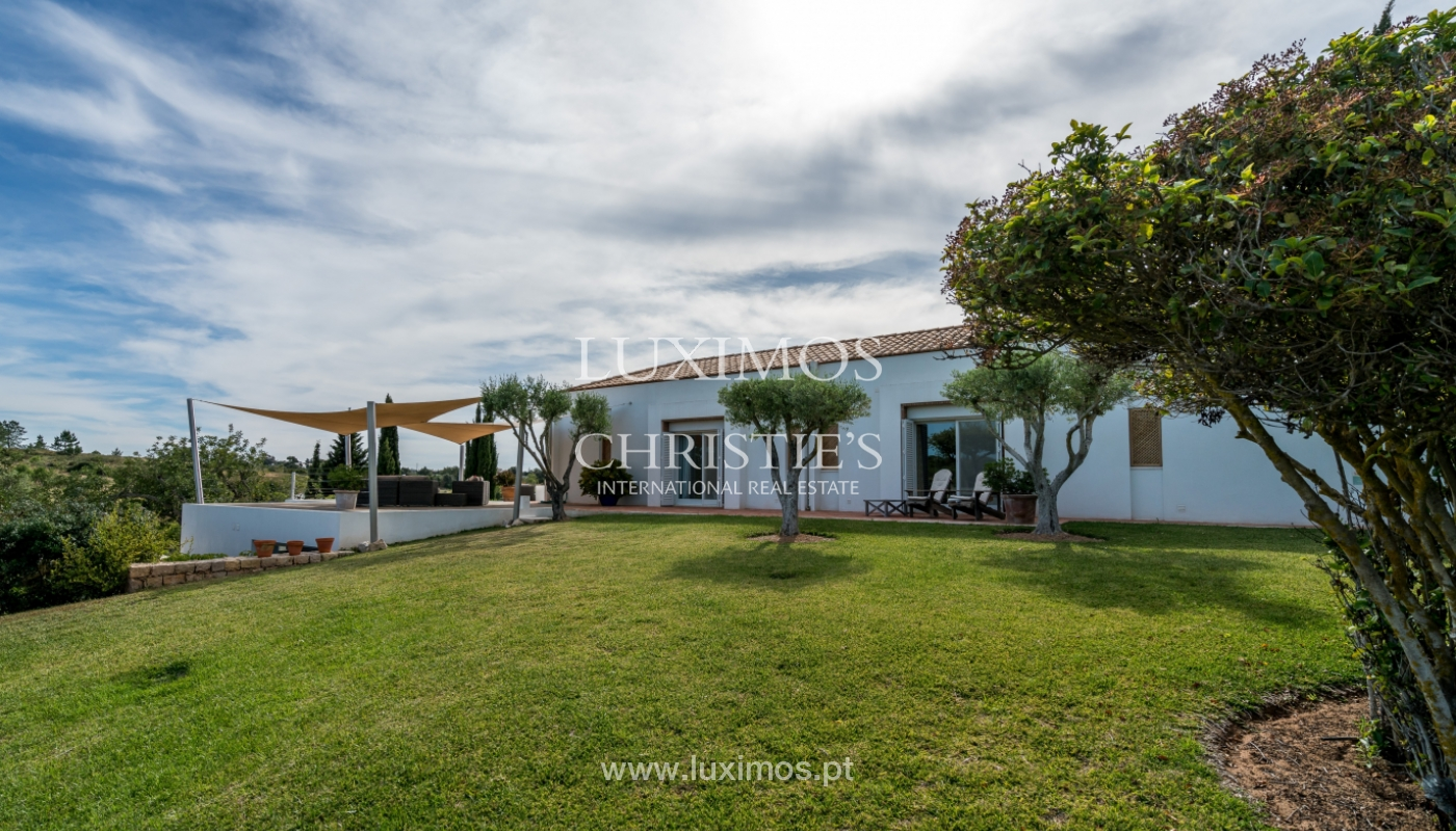 Sale of luxury property with swimming pool in Lagoa, Algarve, Portugal_103750
