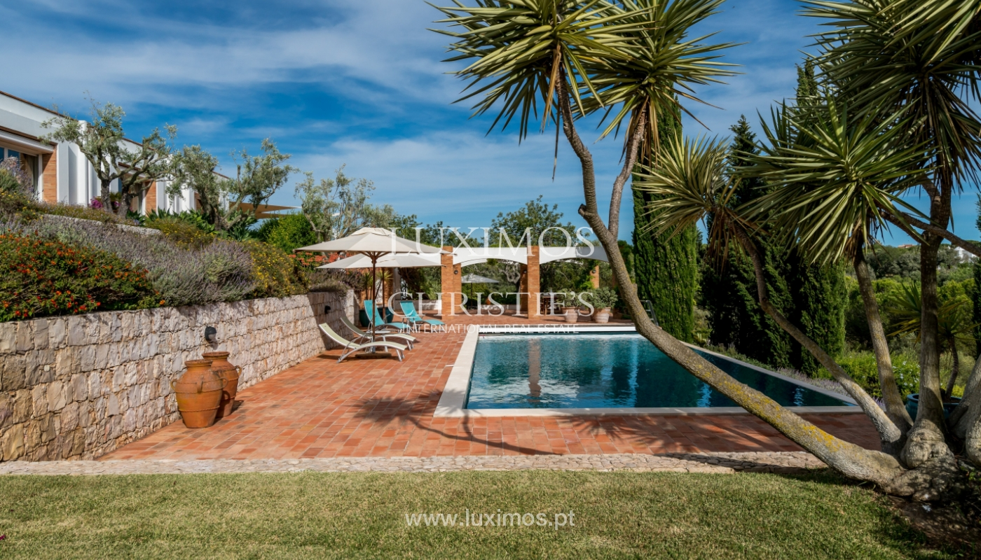 Sale of luxury property with swimming pool in Lagoa, Algarve, Portugal_103758