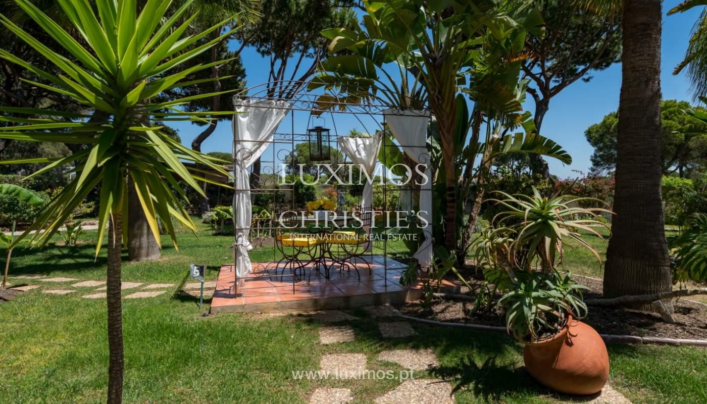 Venda de moradia com piscina em Vilamoura, Algarve_103825