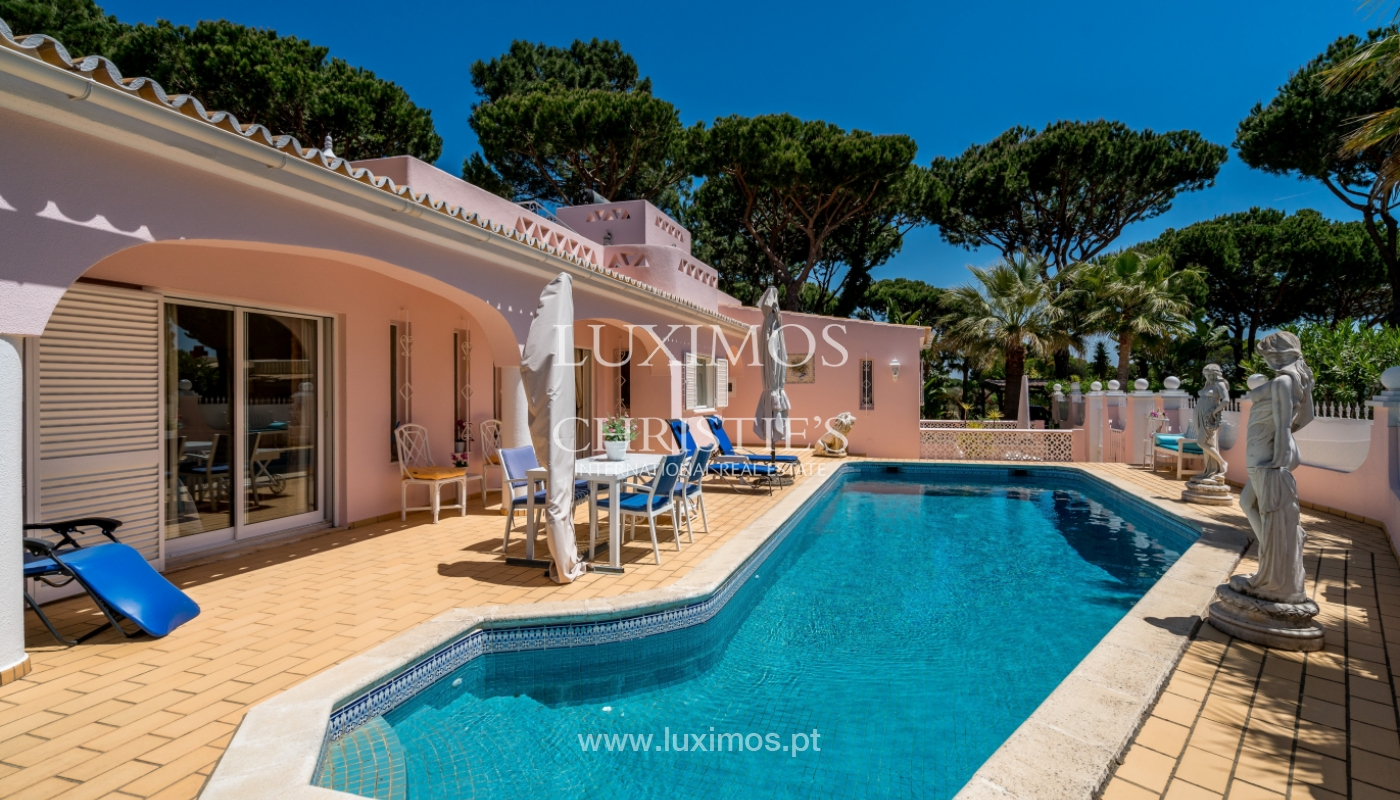 Sale of villa with swimming pool in Vilamoura, Algarve, Portugal_103826