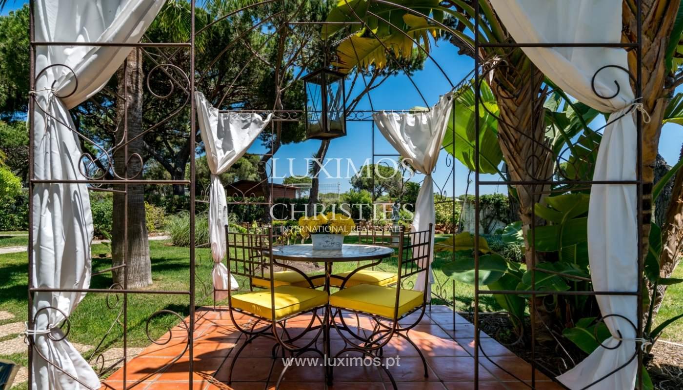 Venda de moradia com piscina em Vilamoura, Algarve_103828