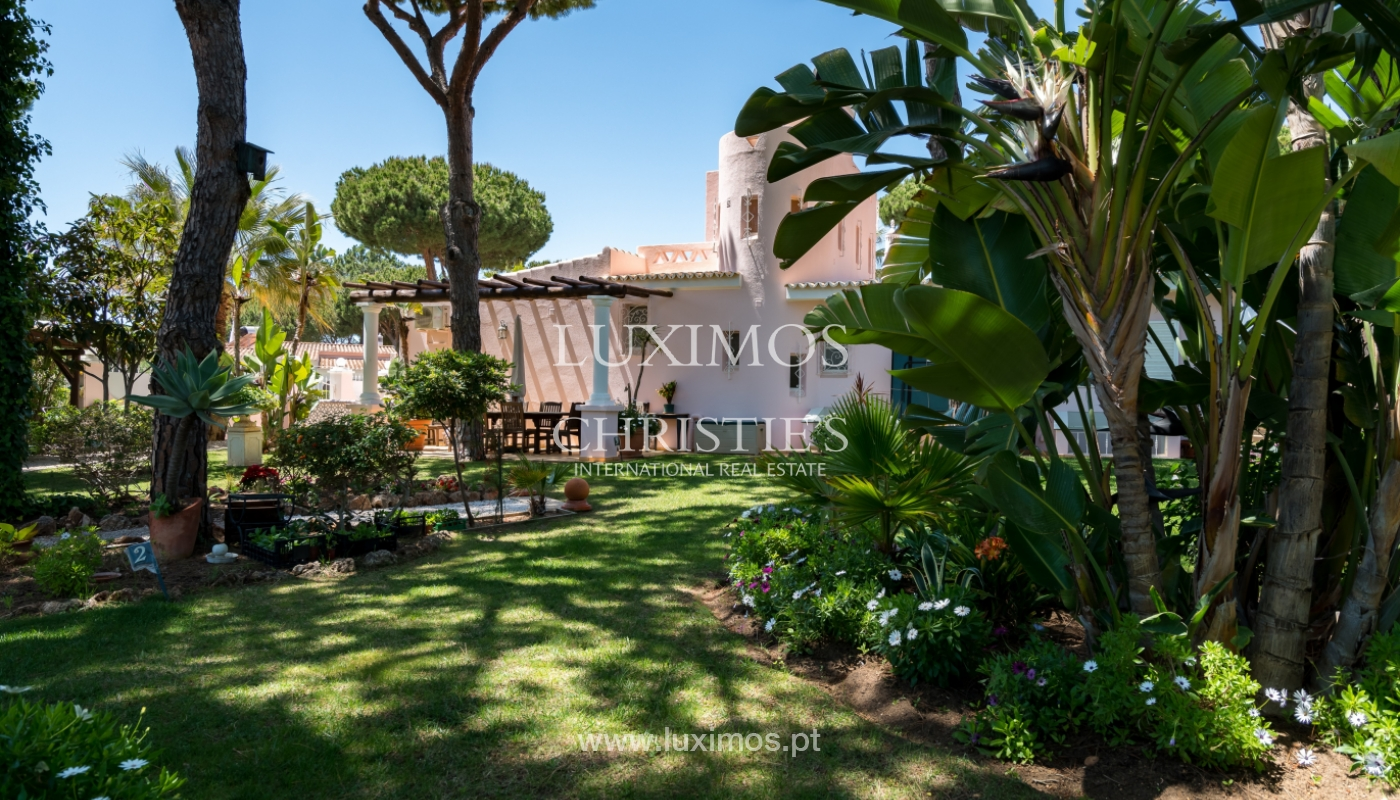 Venda de moradia com piscina em Vilamoura, Algarve_103830