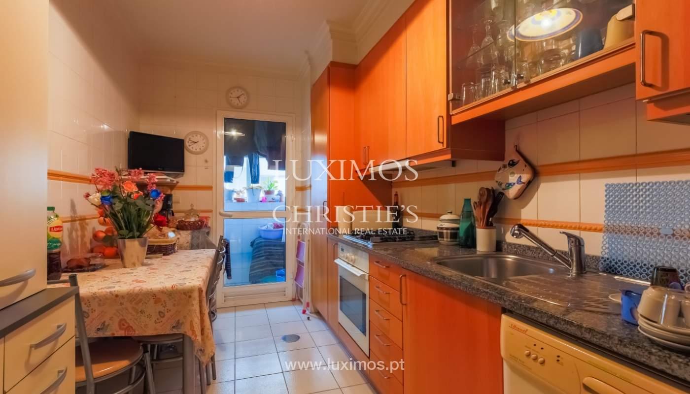 Sale of spacious apartment in Boavista, Porto, Portugal_103864
