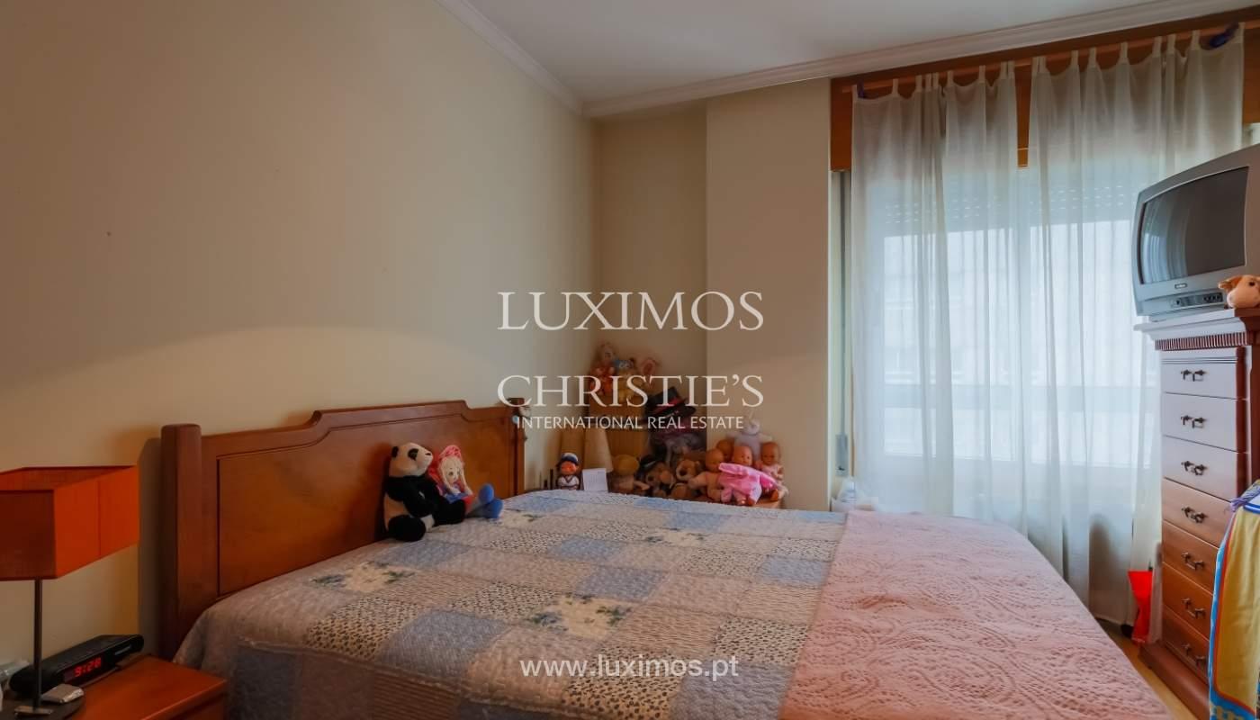 Sale of spacious apartment in Boavista, Porto, Portugal_103871