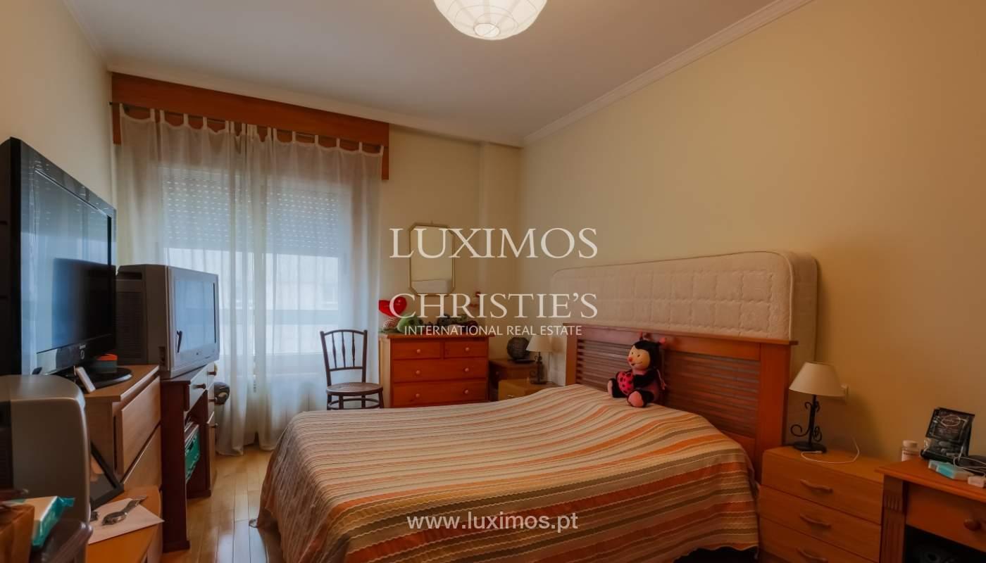 Sale of spacious apartment in Boavista, Porto, Portugal_103878