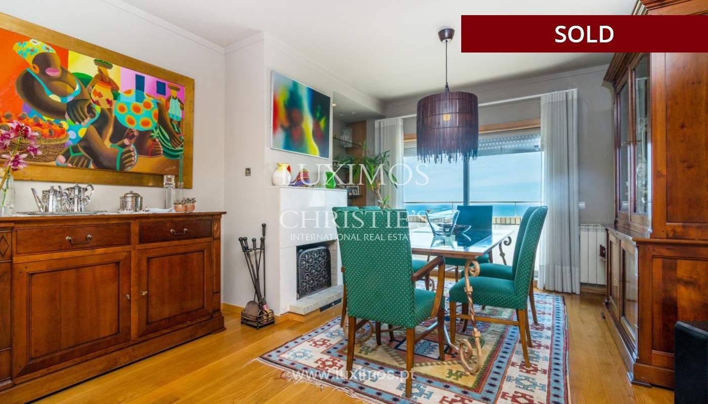 Venda de apartamento duplex com terraço e vistas mar, S. Félix Marinha_104114