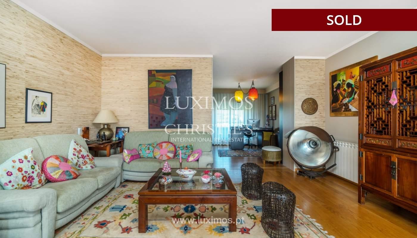 Venda de apartamento duplex com terraço e vistas mar, S. Félix Marinha_104115