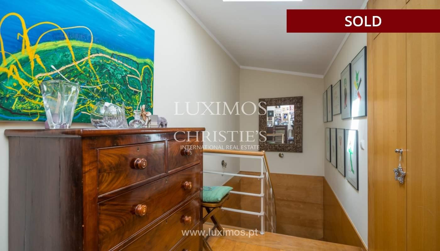 Venda de apartamento duplex com terraço e vistas mar, S. Félix Marinha_104123