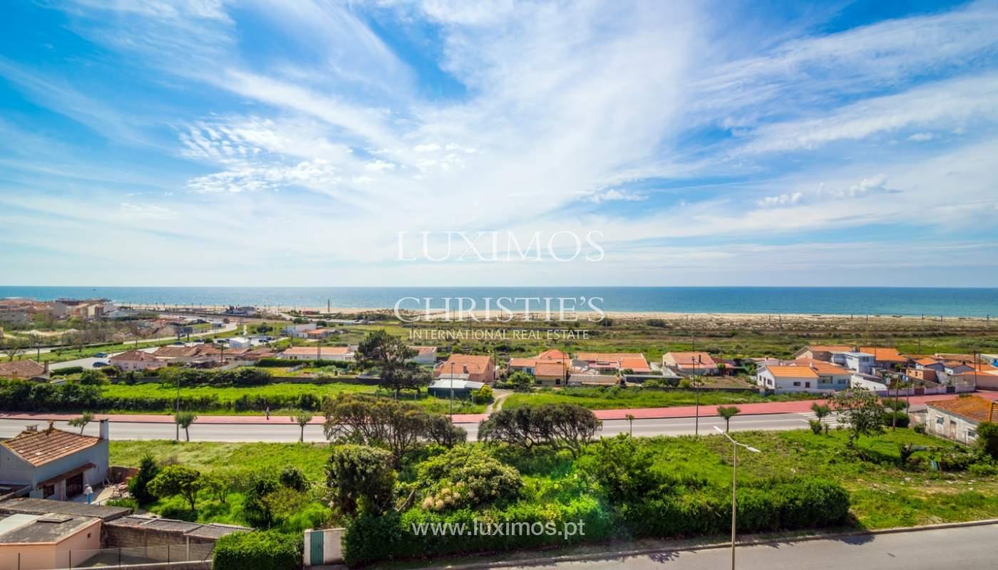 Venda de apartamento duplex com terraço e vistas mar, S. Félix Marinha_104127