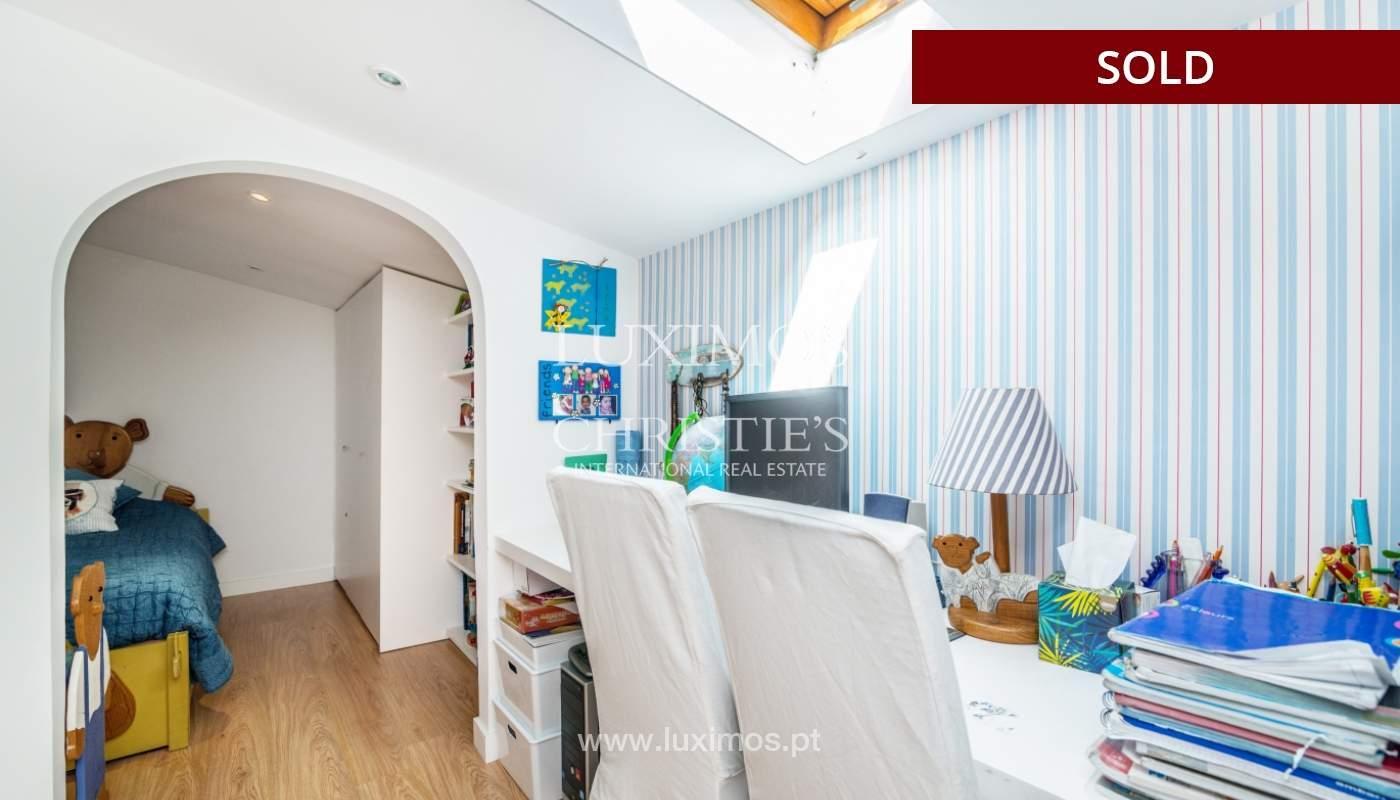 Venda de apartamento duplex com terraço e vistas mar, S. Félix Marinha_104130