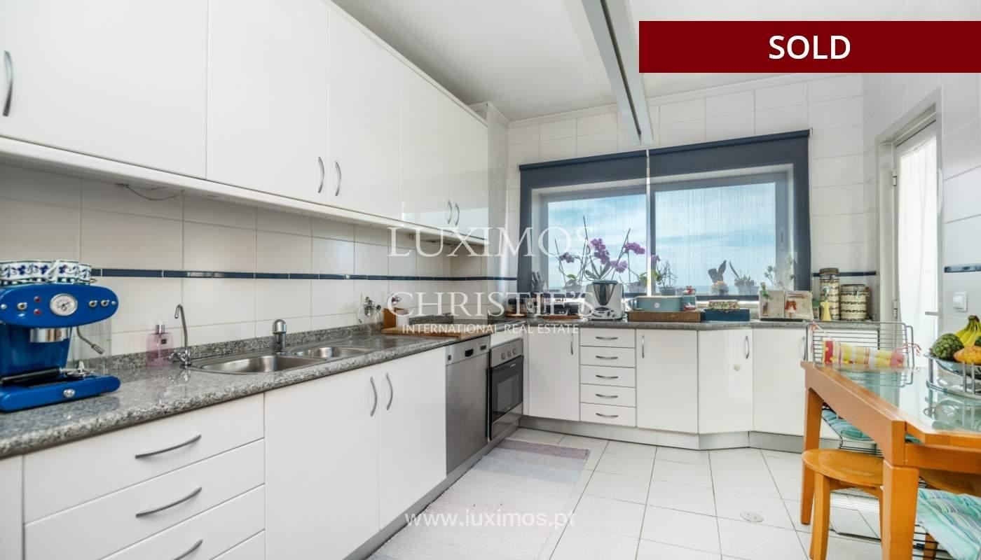 Venda de apartamento duplex com terraço e vistas mar, S. Félix Marinha_104134