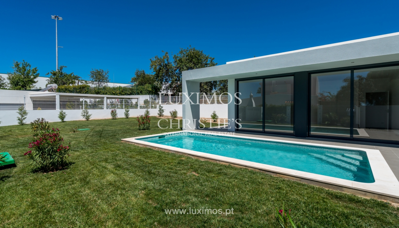 Detached villa for sale with swimming pool, near the beach, golf courses, Tavira, Algarve_104165