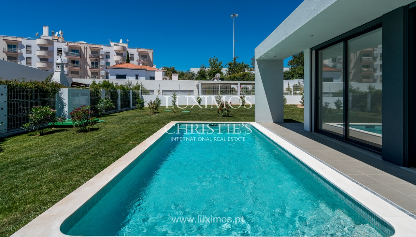 Detached villa for sale with swimming pool, near the beach, golf courses, Tavira, Algarve_104166