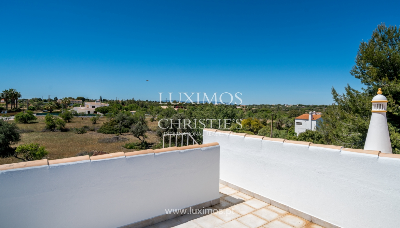 Sale of villa with pool in Porches, Lagoa, Algarve, Portugal_104222