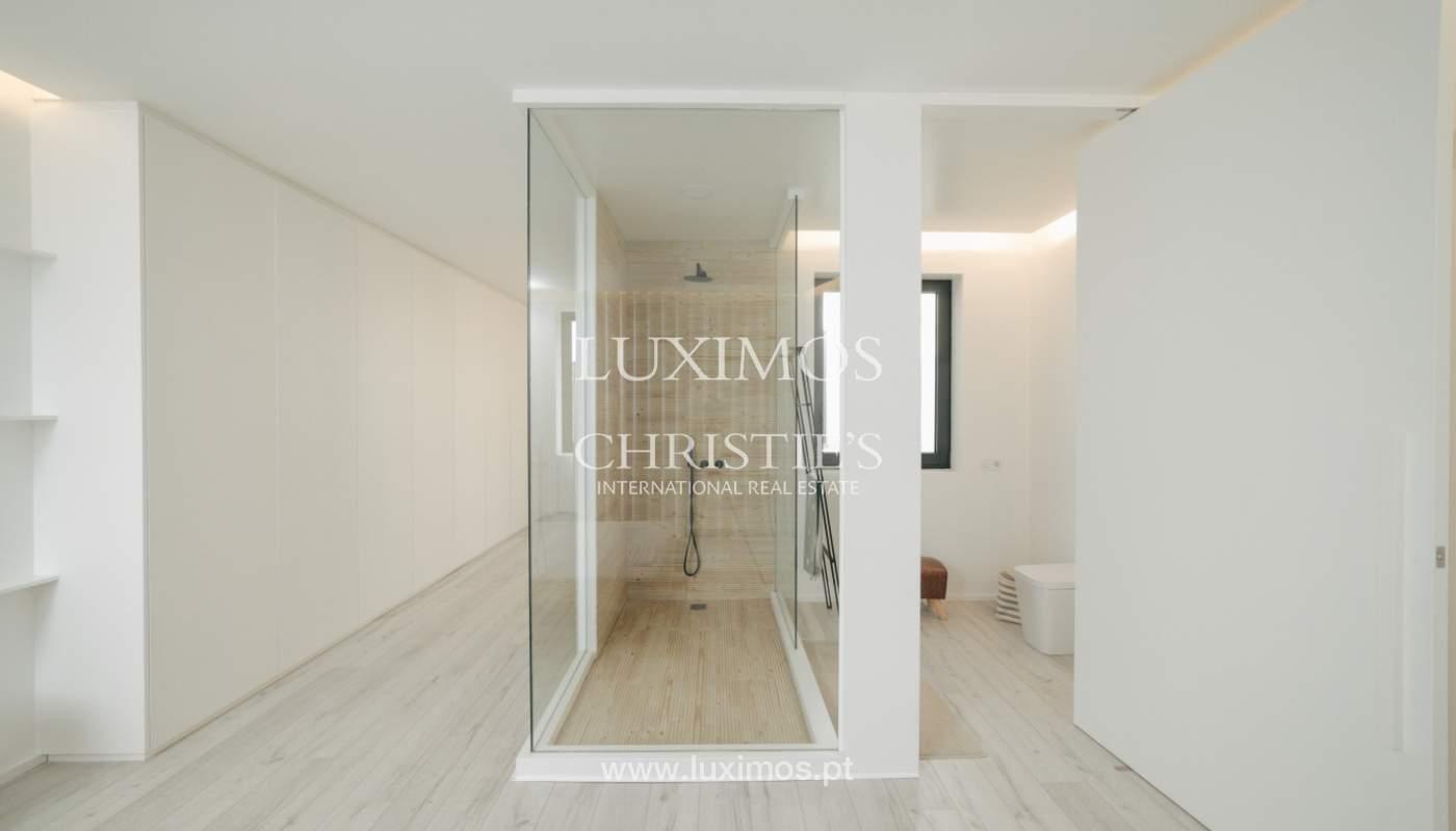 Maison de 3 étages, avec terrasse, à vendre au Porto, Portugal_104237