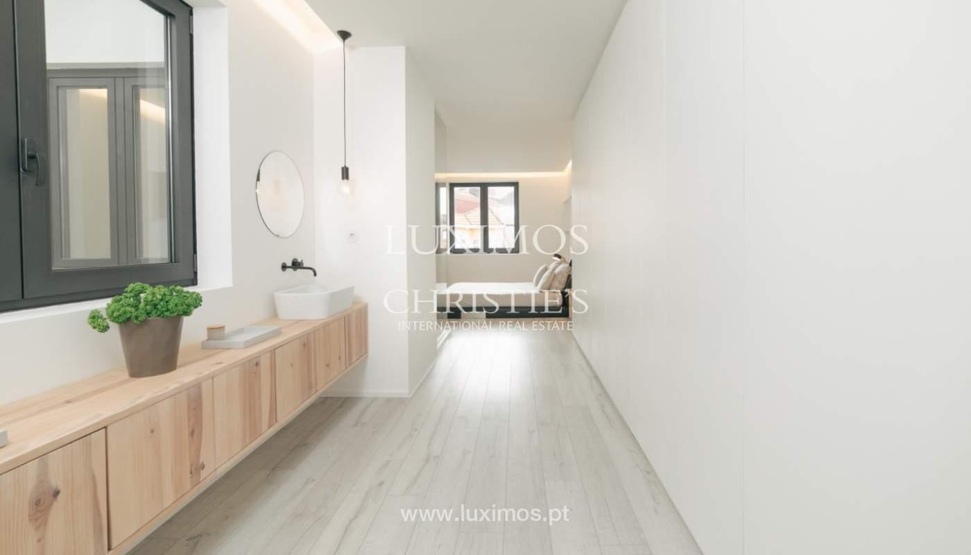 Maison de 3 étages, avec terrasse, à vendre au Porto, Portugal_104240