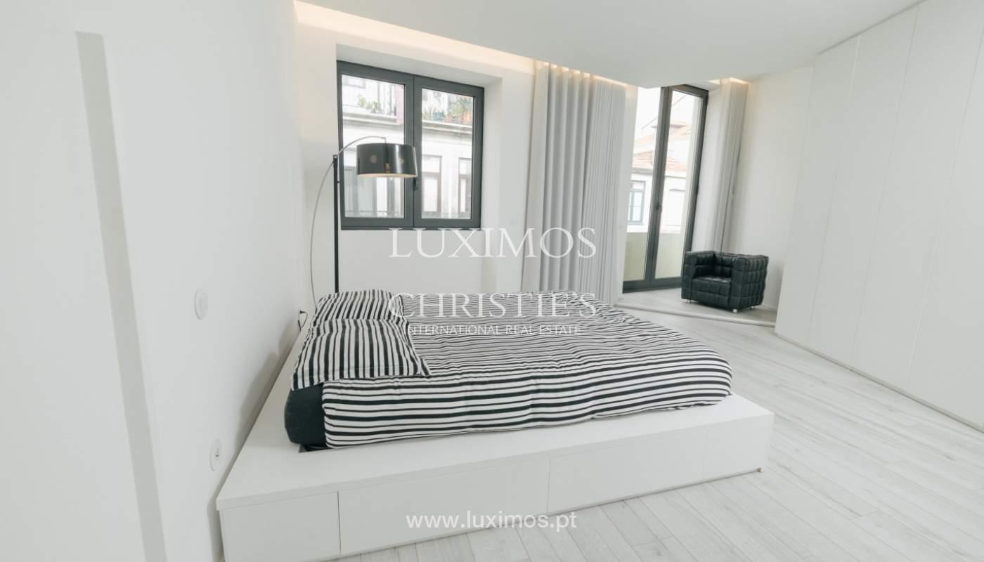 Maison de 3 étages, avec terrasse, à vendre au Porto, Portugal_104241