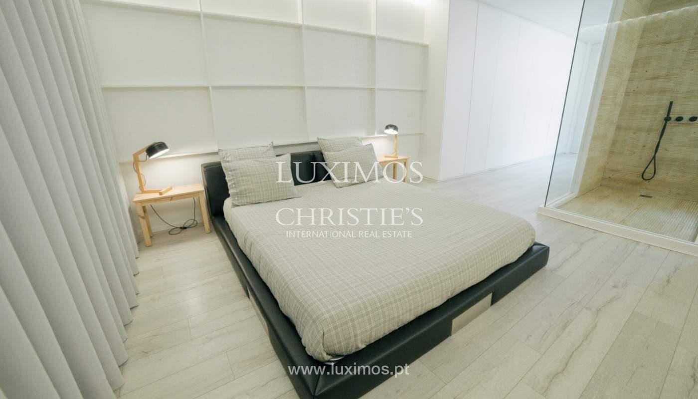 Maison de 3 étages, avec terrasse, à vendre au Porto, Portugal_104276