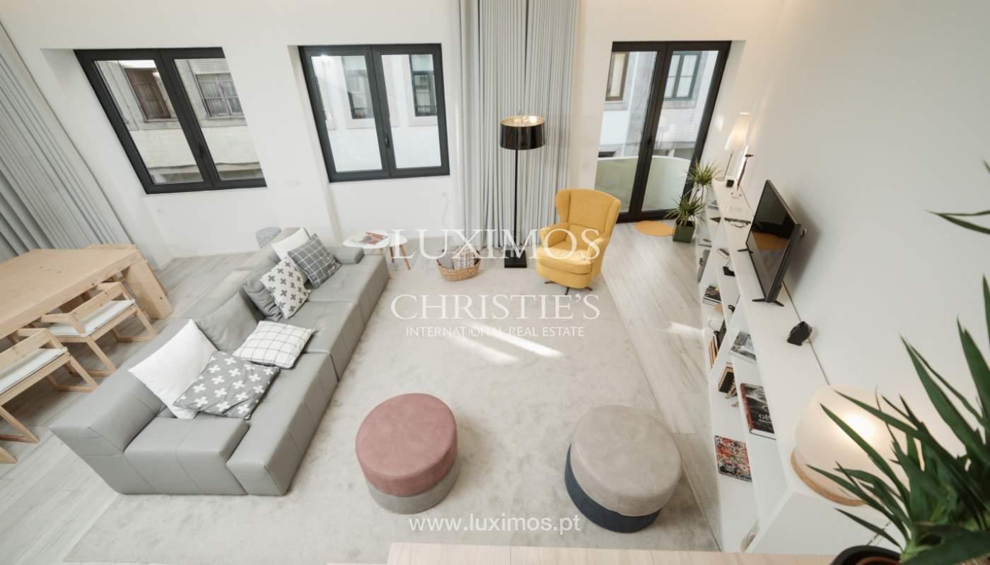 Maison de 3 étages, avec terrasse, à vendre au Porto, Portugal_104290