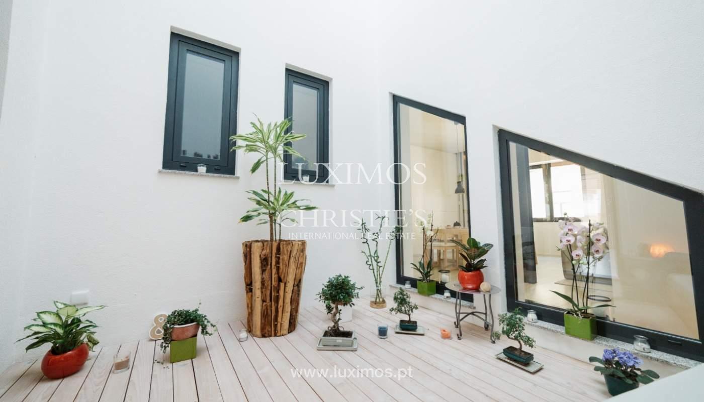 Maison de 3 étages, avec terrasse, à vendre au Porto, Portugal_104307