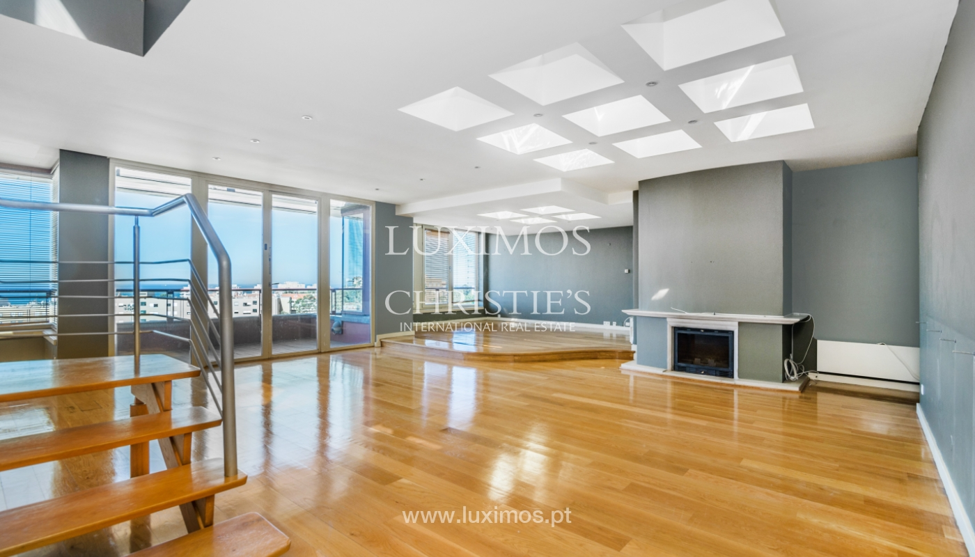 Sale of modern penthouse, river views, Pinhais da Foz, Porto, Portugal_104536