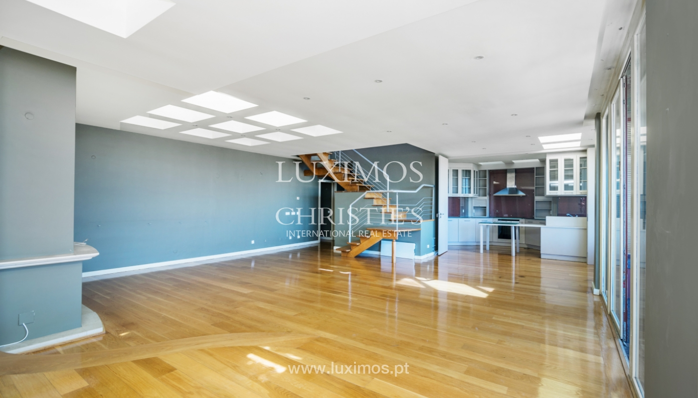 Sale of modern penthouse, river views, Pinhais da Foz, Porto, Portugal_104538
