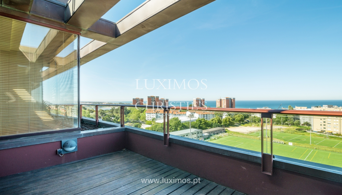 Sale of modern penthouse, river views, Pinhais da Foz, Porto, Portugal_104541