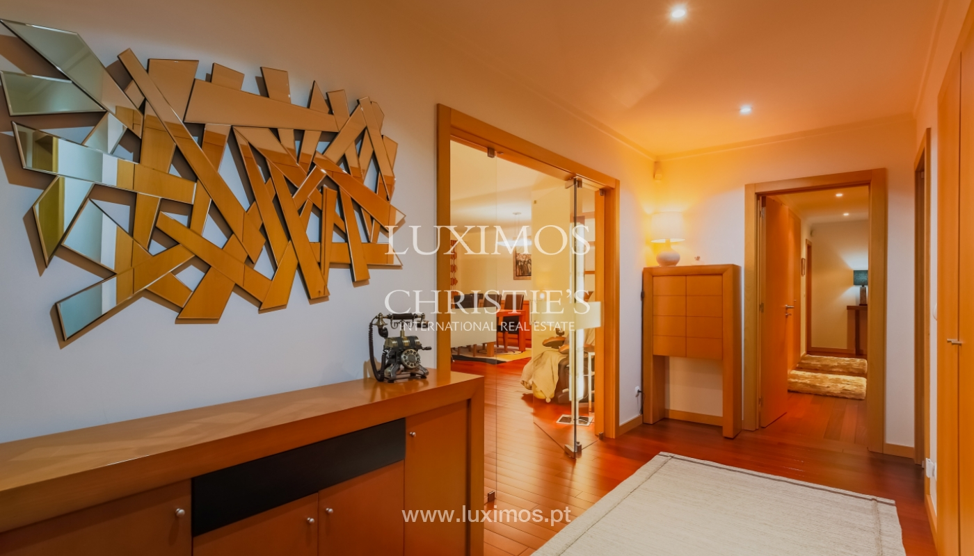 Sale luxury apartment in condominium w/ swimming pool, Porto, Portugal_104705