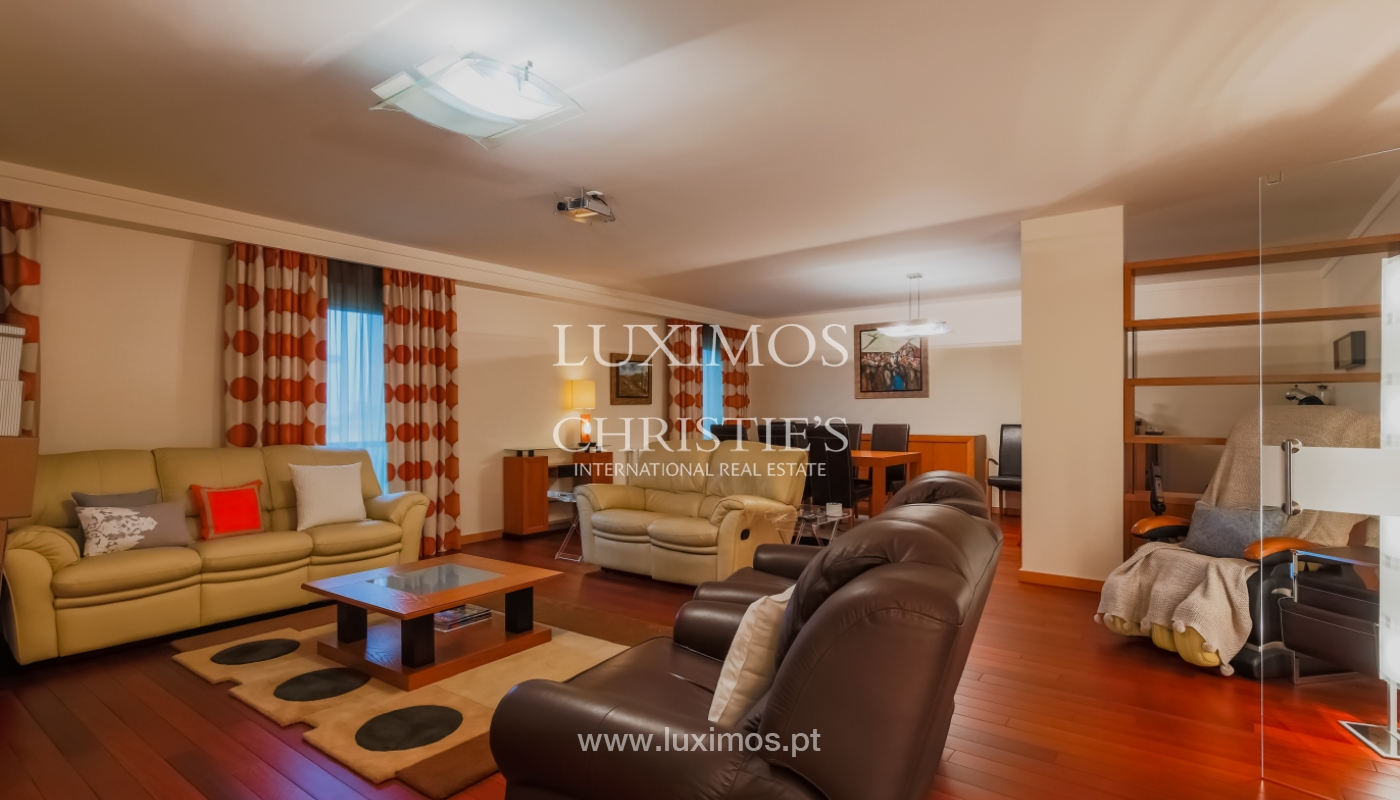 Sale luxury apartment in condominium w/ swimming pool, Porto, Portugal_104707