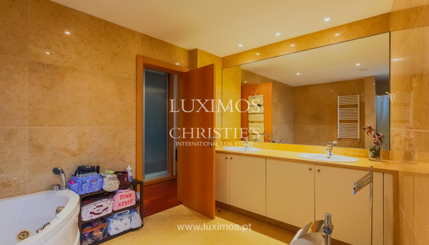 Sale luxury apartment in condominium w/ swimming pool, Porto, Portugal_104720