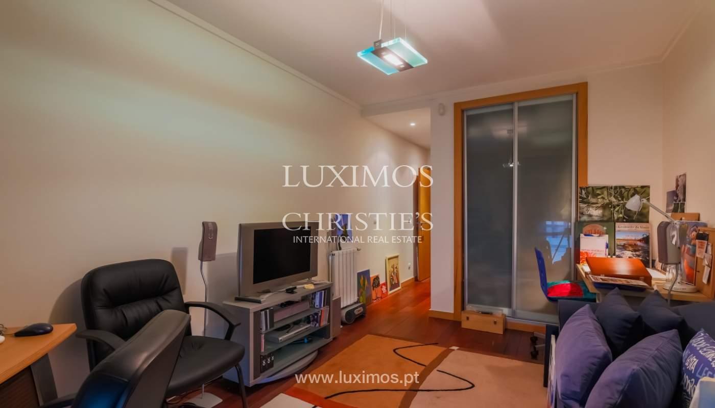 Sale luxury apartment in condominium w/ swimming pool, Porto, Portugal_104731