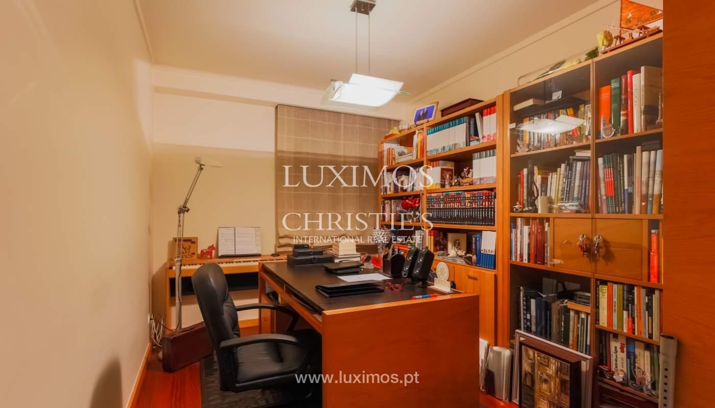 Sale luxury apartment in condominium w/ swimming pool, Porto, Portugal_104736