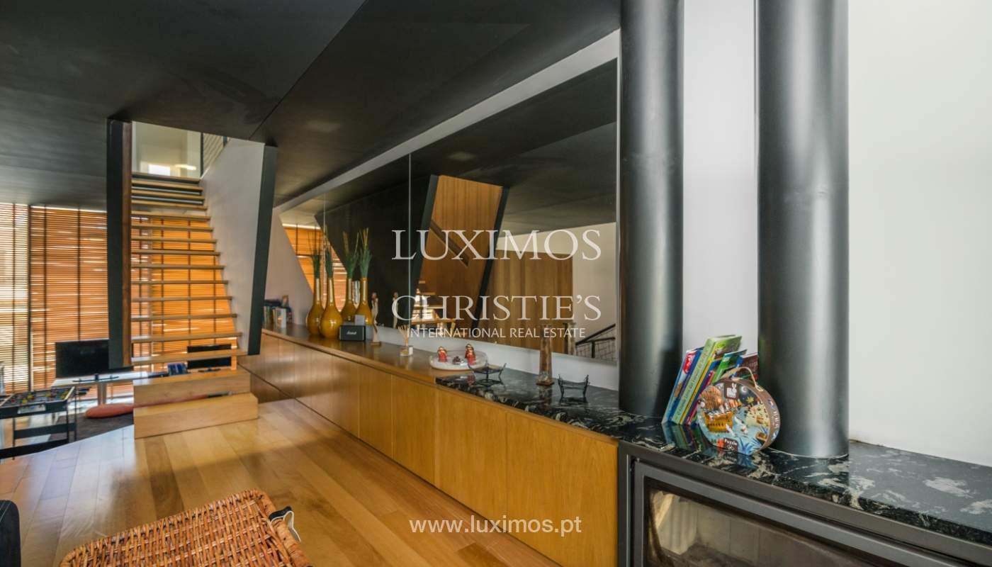 Maison moderne avec jardin, en 1ª ligne de plage, à vendre Lavra, Portugal_104873