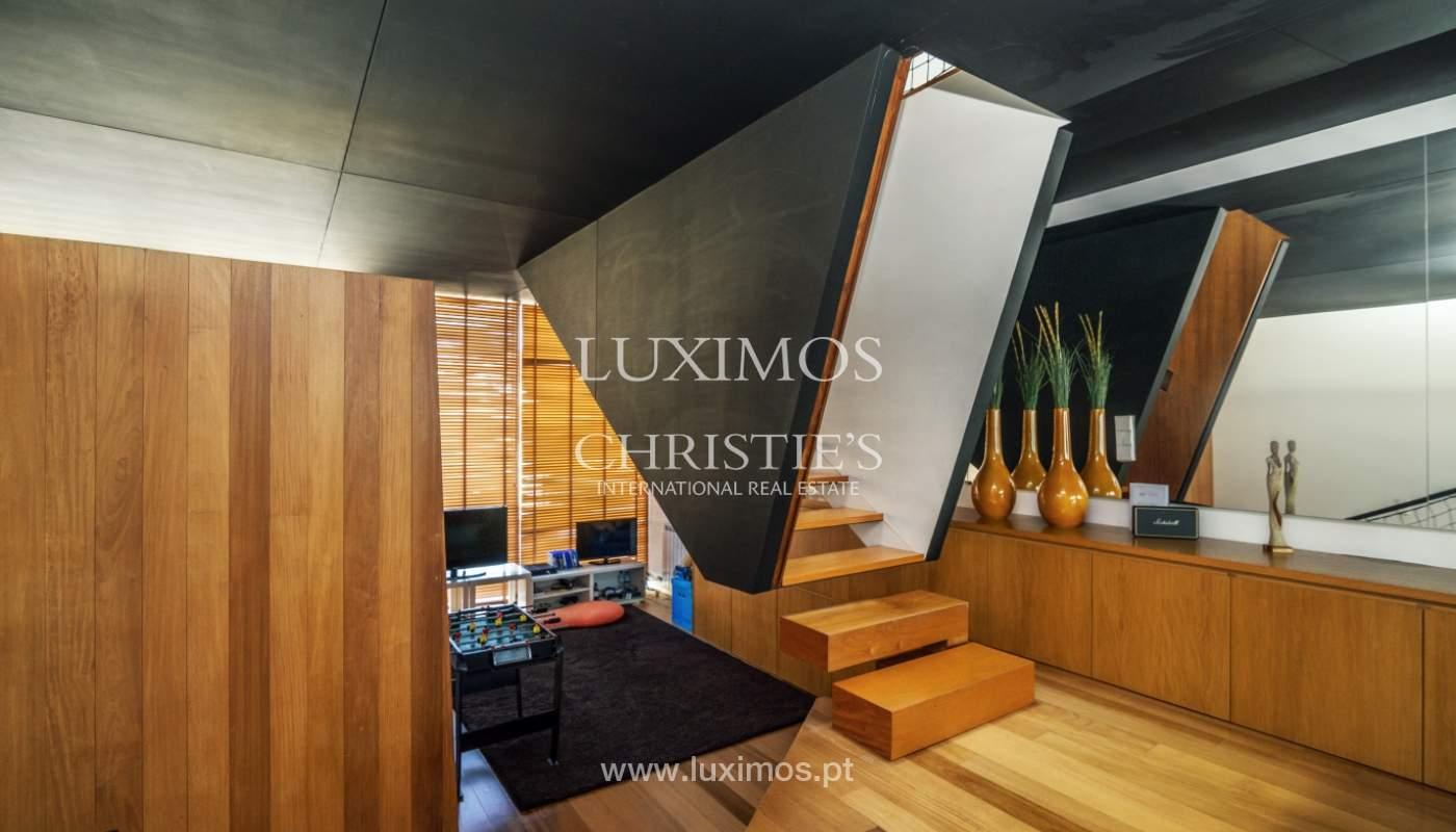 Maison moderne avec jardin, en 1ª ligne de plage, à vendre Lavra, Portugal_104875