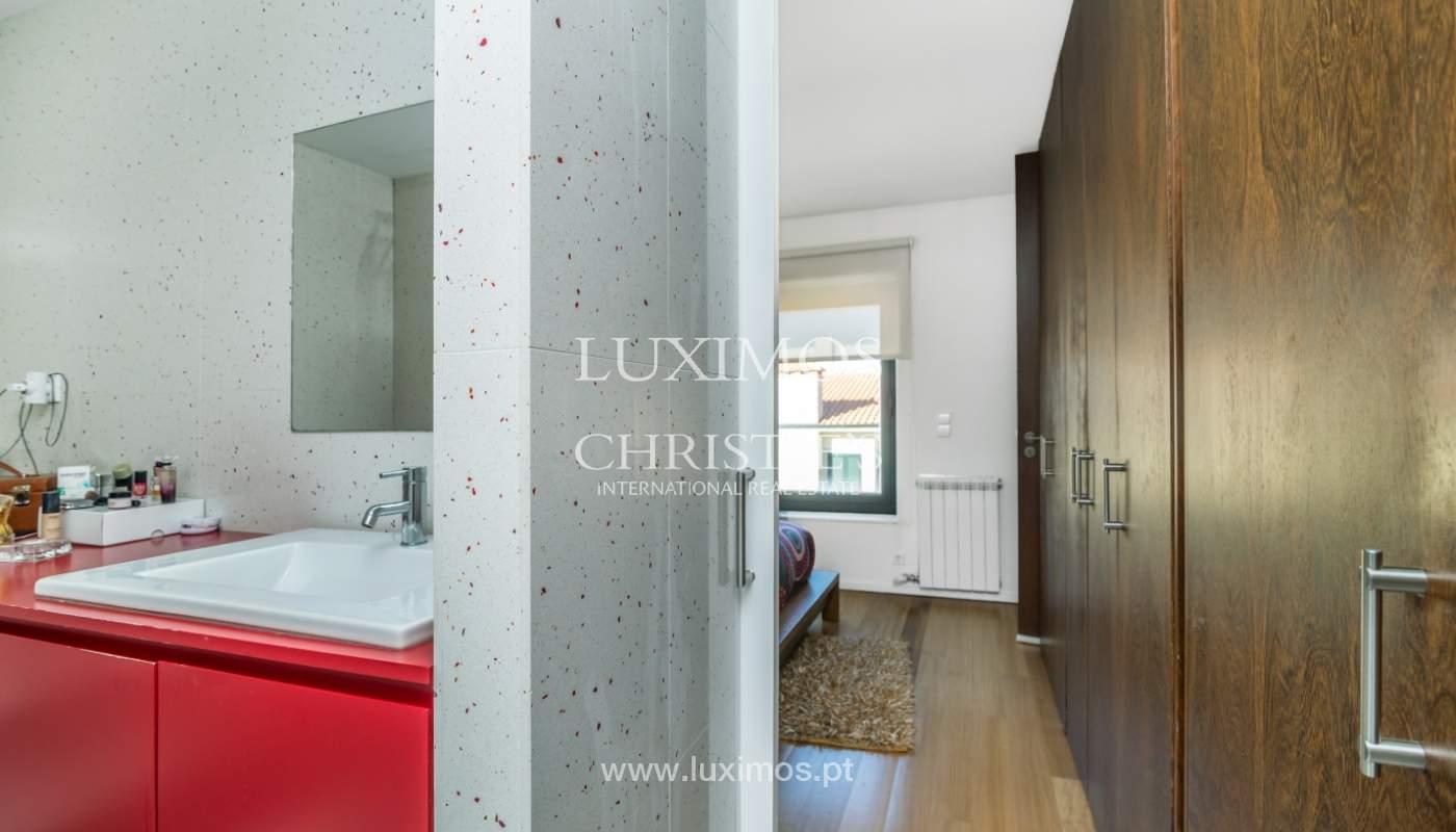 Maison moderne avec jardin, en 1ª ligne de plage, à vendre Lavra, Portugal_104882