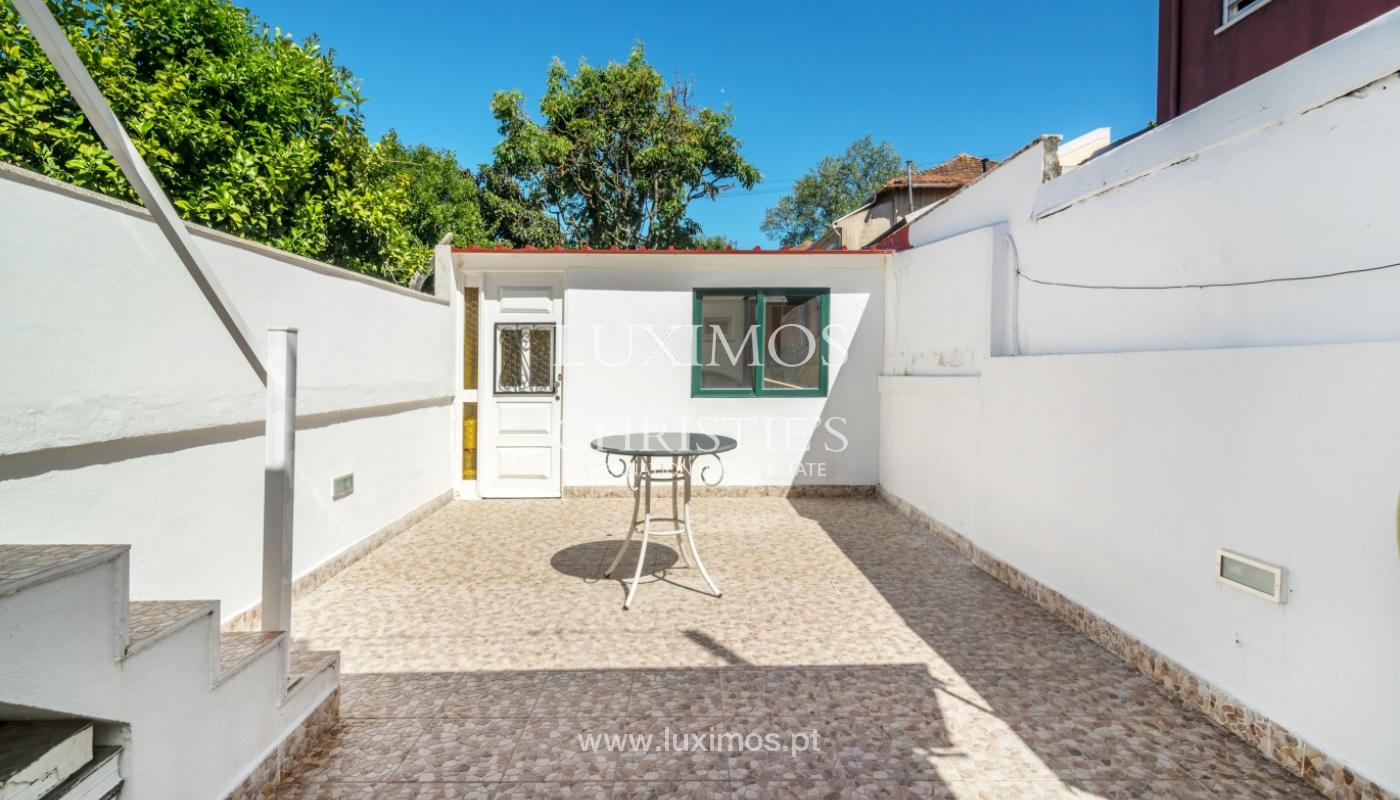 Sale of house with outdoor patio, Porto, Portugal_104989