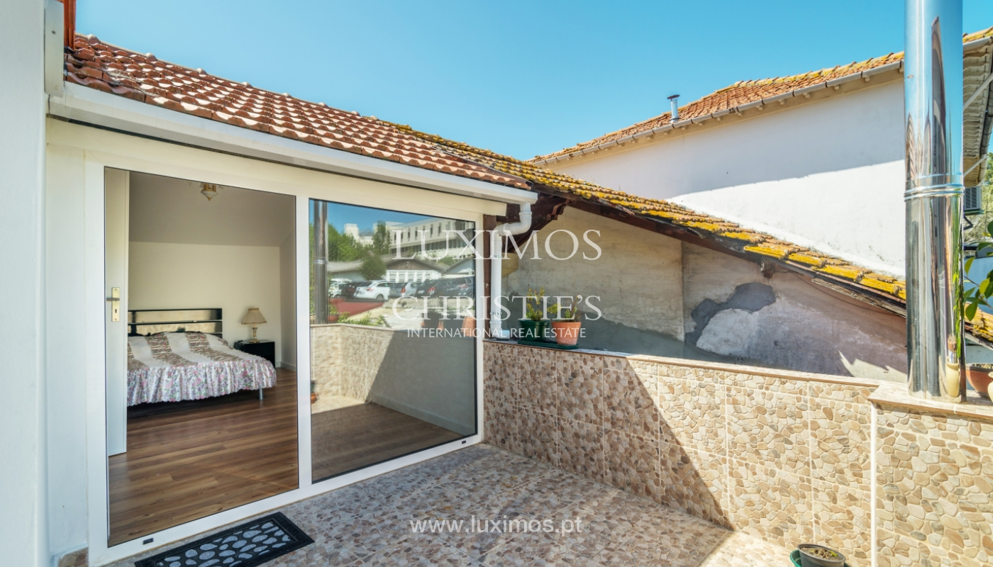 Sale of house with outdoor patio, Porto, Portugal_105000