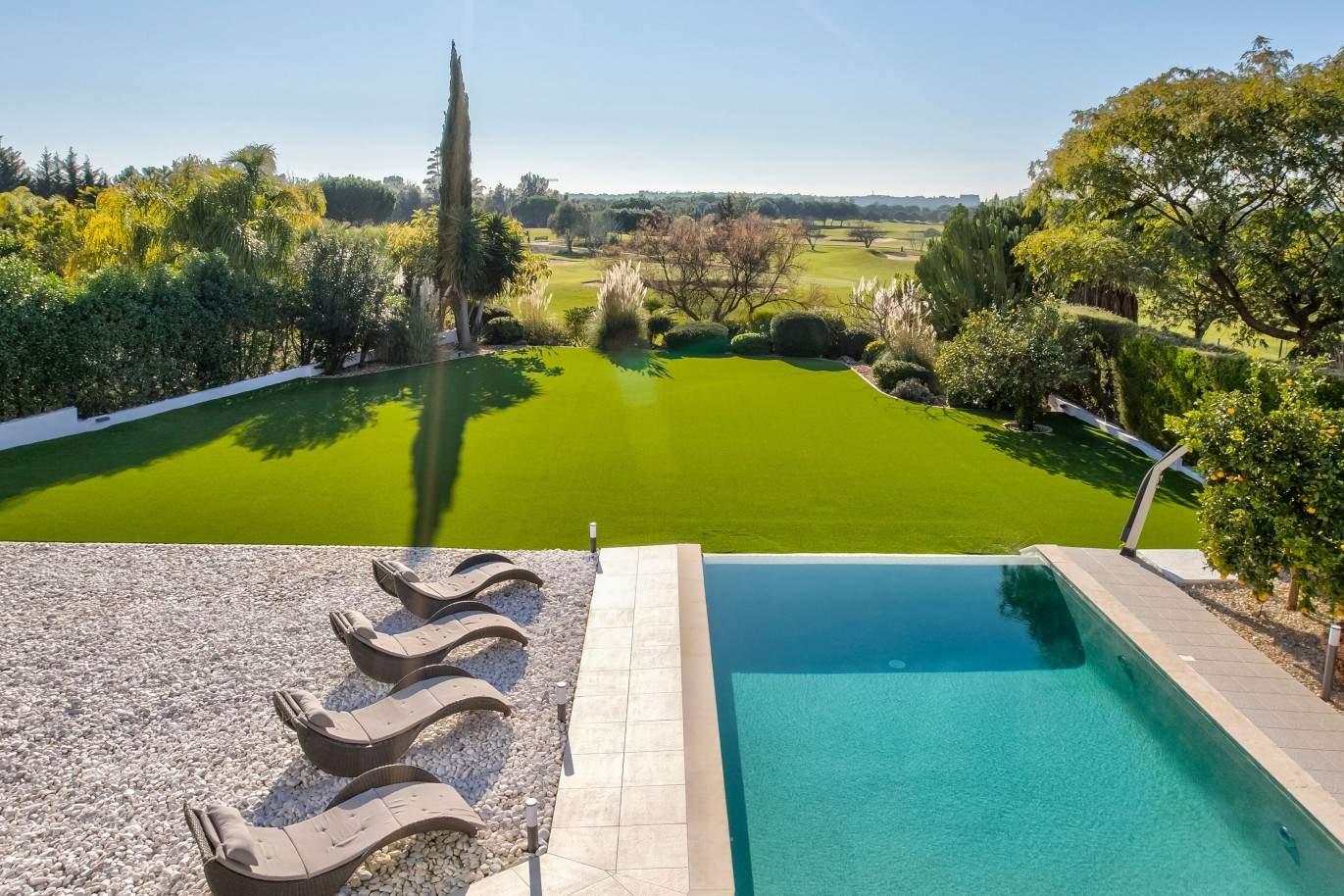 verkauf-von-moderne-villa-vorne-golf-in-vilamoura-algarve-portugal