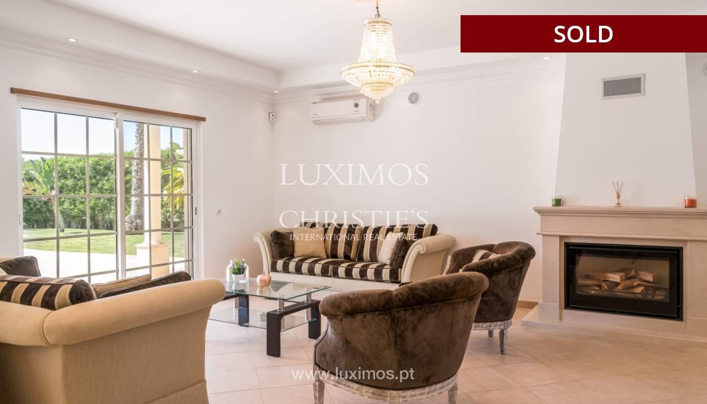 Sale of villa with swimming pool in Quarteira, Algarve, Portugal_105111