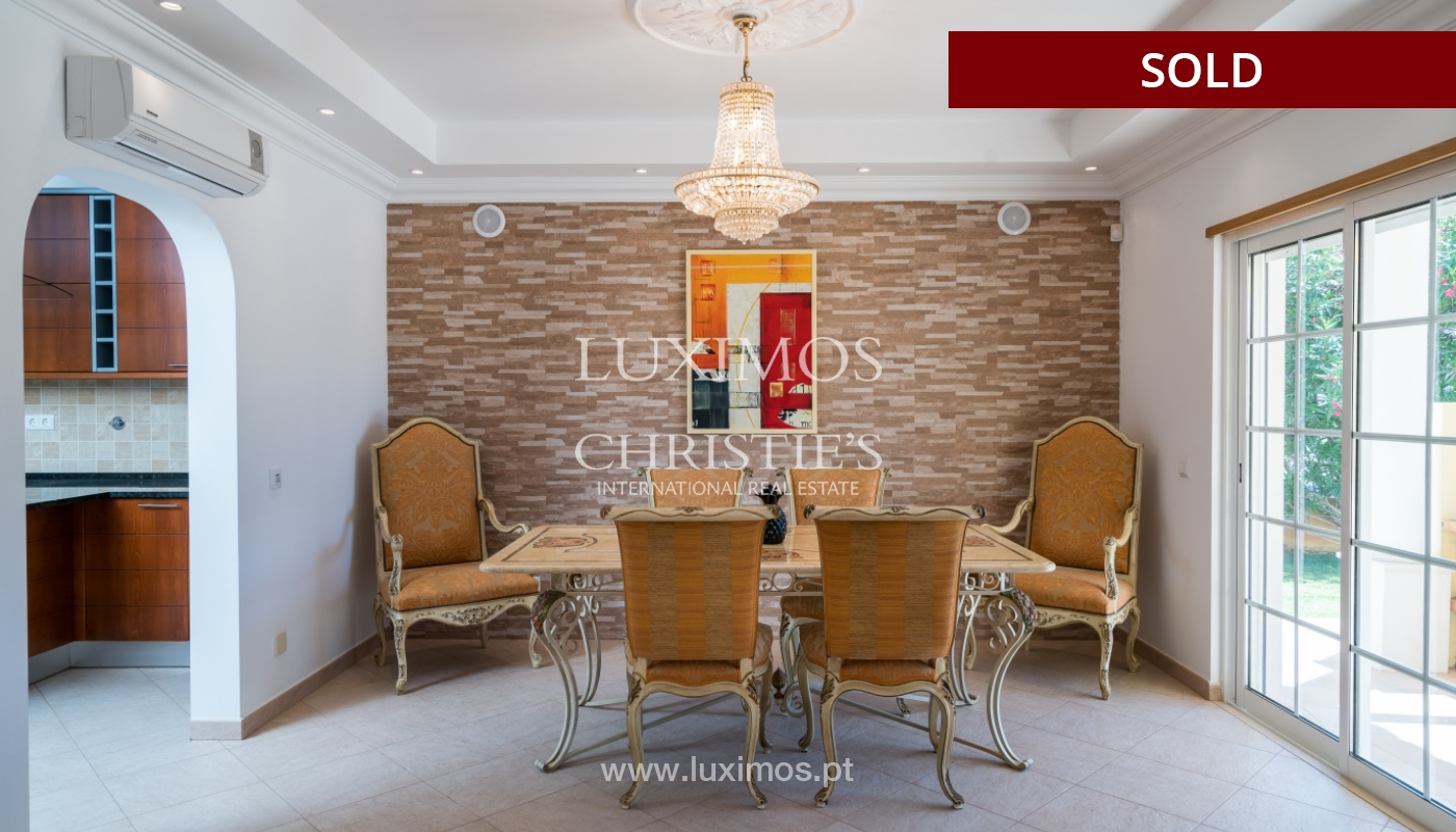 Sale of villa with swimming pool in Quarteira, Algarve, Portugal_105112