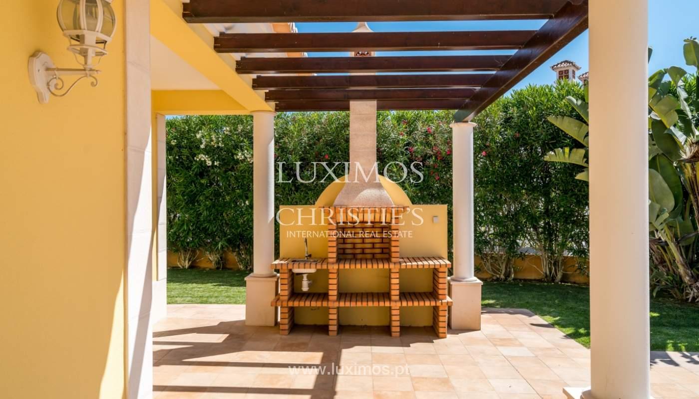 Venta de vivienda con piscina en Quarteira, Algarve, Portugal_105133