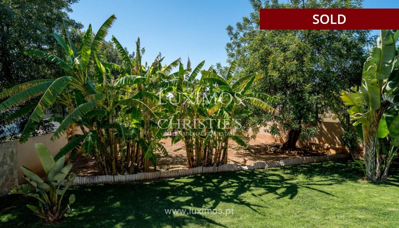 Sale of villa with swimming pool in Quarteira, Algarve, Portugal_105135