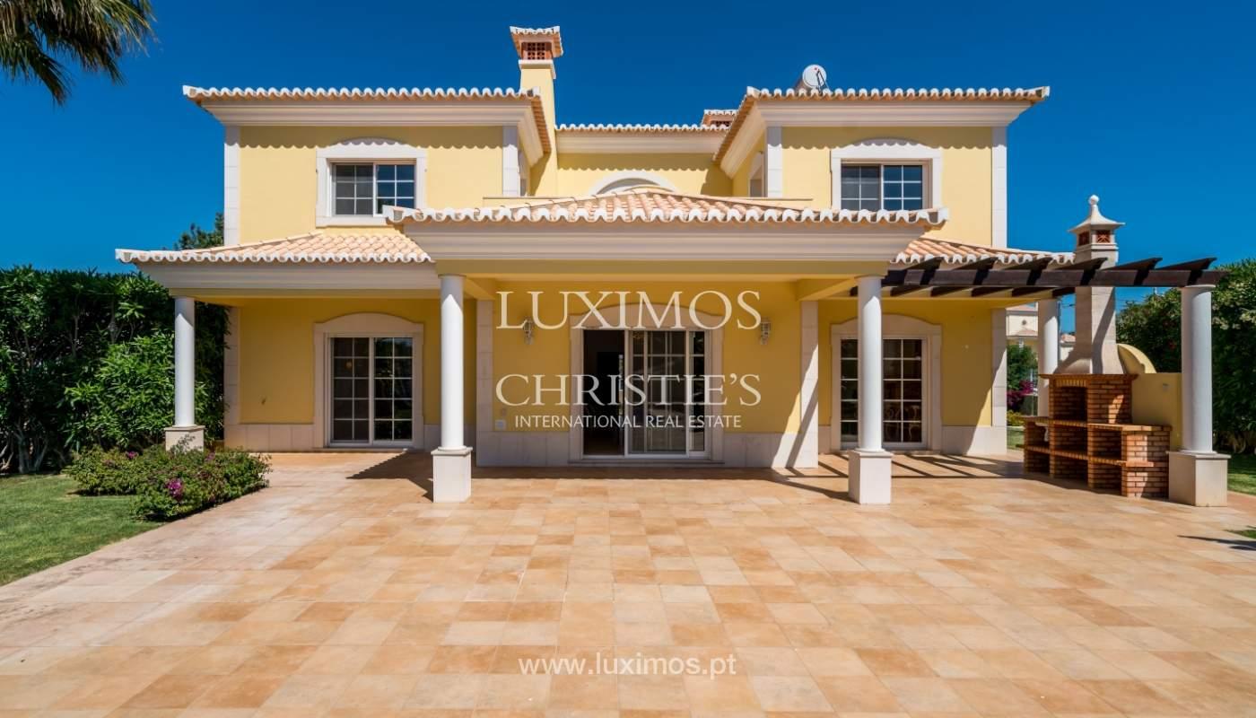 Sale of villa with swimming pool in Quarteira, Algarve, Portugal_105137