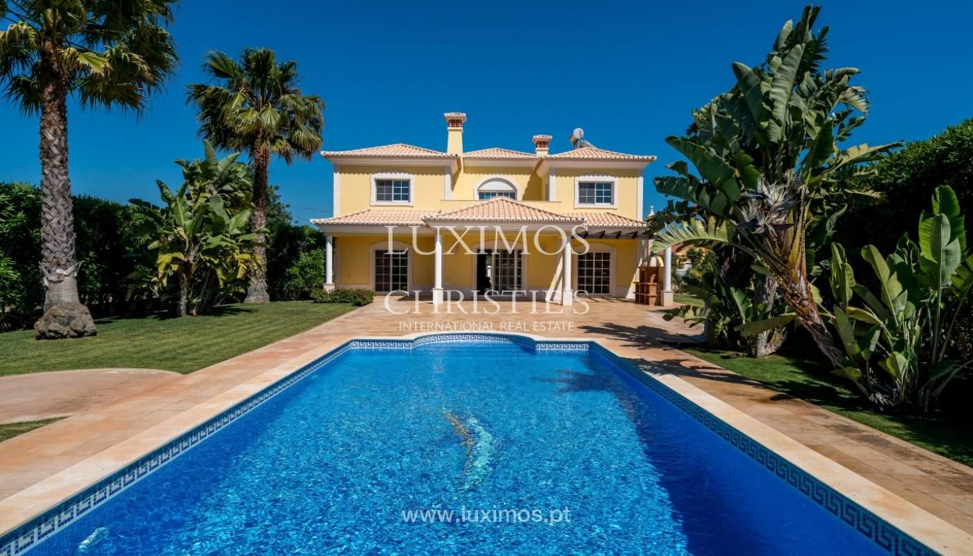 Venta de vivienda con piscina en Quarteira, Algarve, Portugal_105138